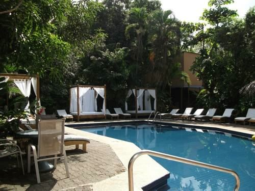 Hotel Adult Only Copacabana Hotel and Suites in Costa Rica